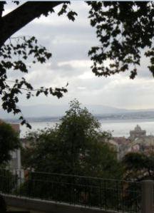 Lissabon: Blick vom Miradouro do Torel auf den Tejo Copyright: Eva Mäkler