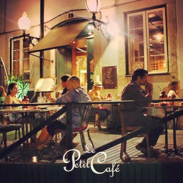Le Petit Cafè (4)