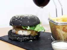 alfama wine & burgers (4)
